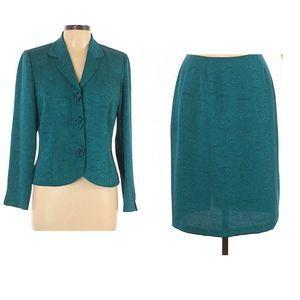 Scarlett Womens 2 Piece Skirt Suit Green Floral